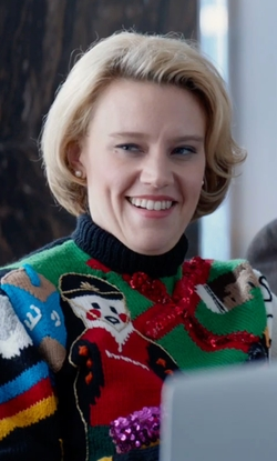 Kate McKinnon with Tipsy Elves Nondenominational Sweater in Office Christmas Party