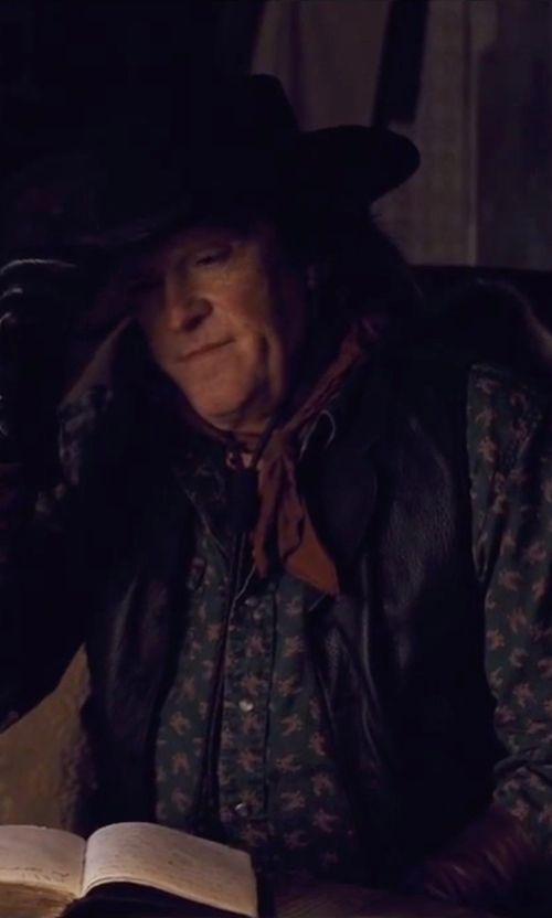 Michael Madsen with Dolce & Gabanna Printed Shirt in The Hateful Eight