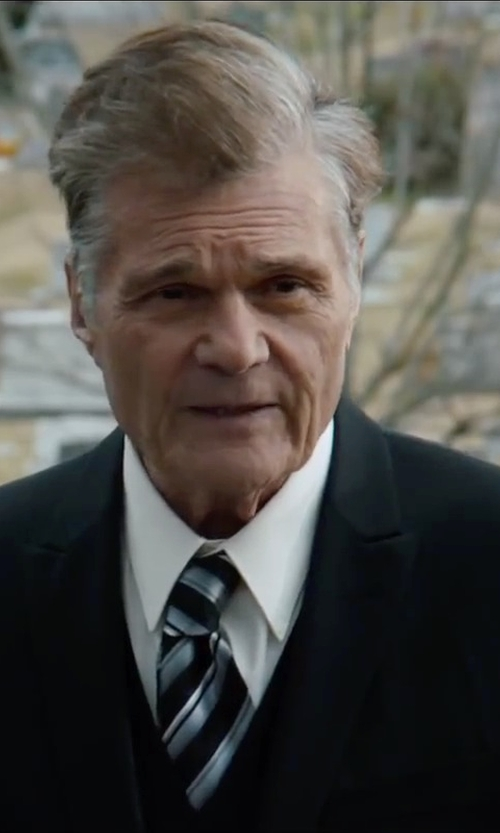 Fred Willard with English Laundry Black Check Vested Slim Fit Suit in Anchorman 2: The Legend Continues