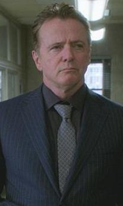 Aidan Quinn with Michael Kors 'Heather' Check Silk Blend Tie in Elementary