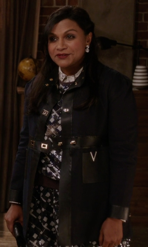 Mindy Kaling with Valentino Faux Leather-Trimmed Cotton-Poplin Coat in The Mindy Project