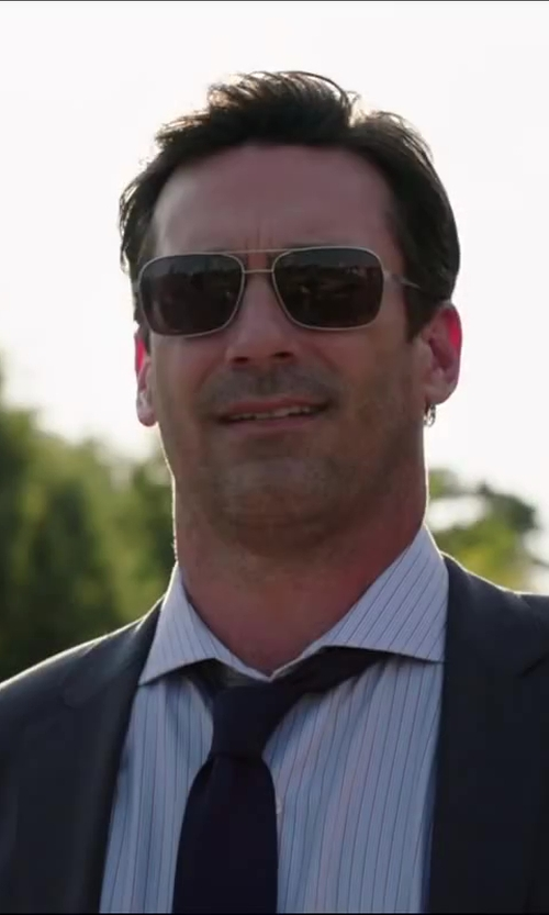 Jon Hamm with Tumi Capilano Brushed Silver Sunglass in Million Dollar Arm