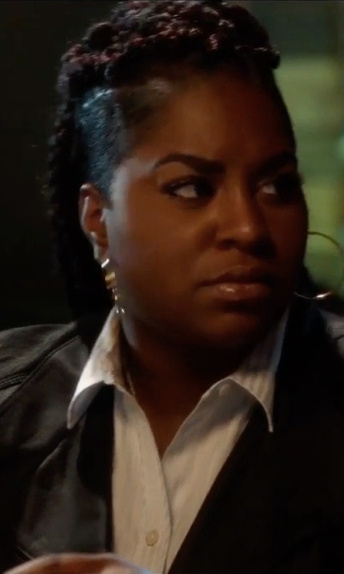 Ester Dean with Marc New York by Andrew Marc Felix Feather Leather Jacket in Pitch Perfect 3