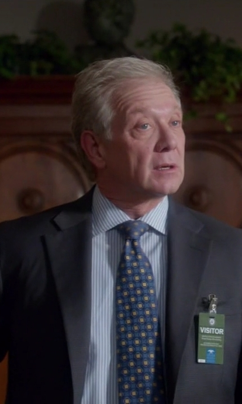 Jeff Perry with Charvet Medallion Pattern Silk Tie in Scandal