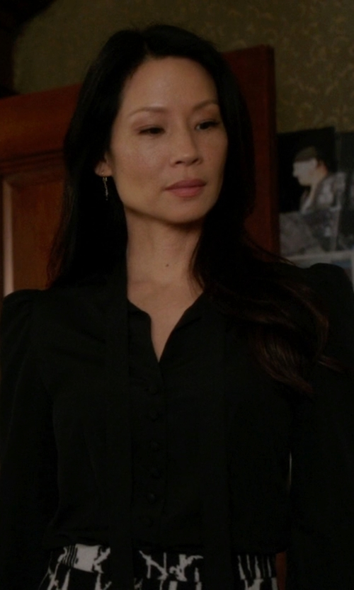 Lucy Liu with Isabel Marant Etoile  Kiandra Long-Sleeve Tie-Neck Blouse in Elementary