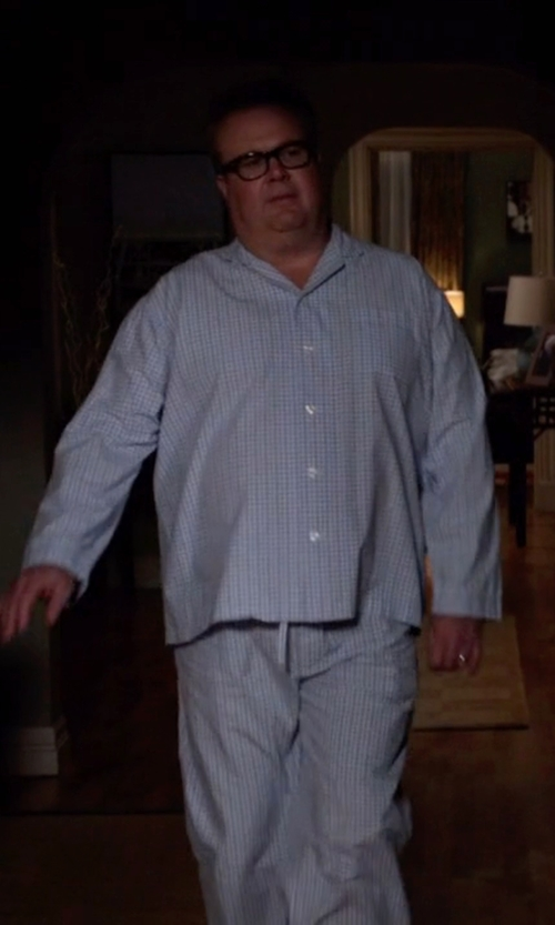 Eric Stonestreet with A.J. Morgan Finn Wayfarer Reading Glasses in Modern Family