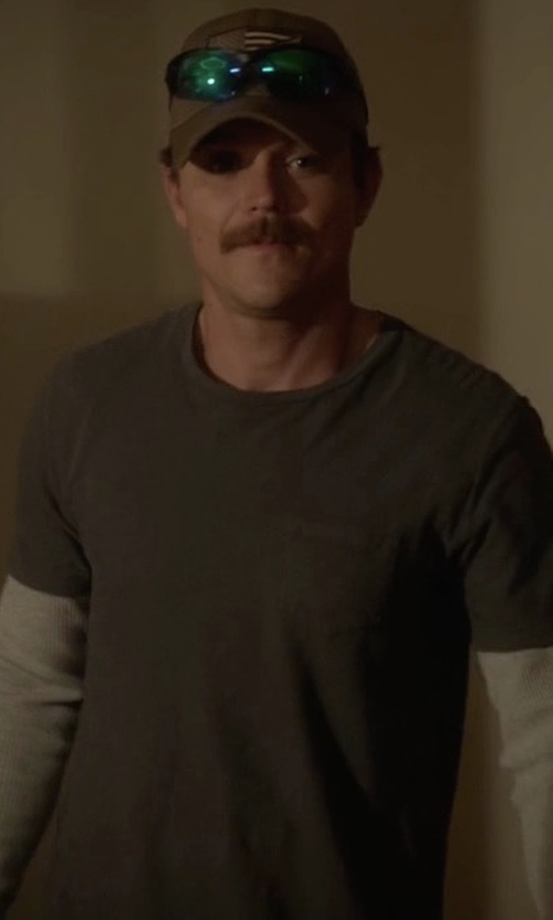 Clayne Crawford with Rag & Bone Standard Issue Pocket T-Shirt in Lethal Weapon