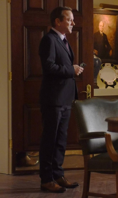 Kiefer Sutherland with Mezlan March Cap Toe Oxford Shoes in Designated Survivor