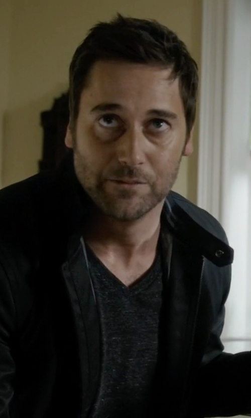 Ryan Eggold with Alternative Boss V-Neck T-Shirt in The Blacklist