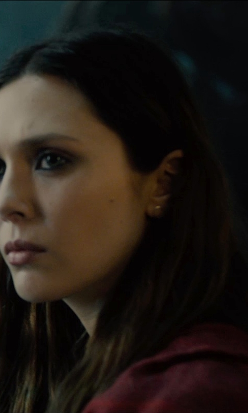 Elizabeth Olsen with Nicole Miller Cashmere Poncho Sweater in Avengers: Age of Ultron
