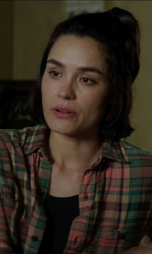 Shannyn Sossamon with Forever 21 Tartan Plaid Longline Shirt in Sinister 2