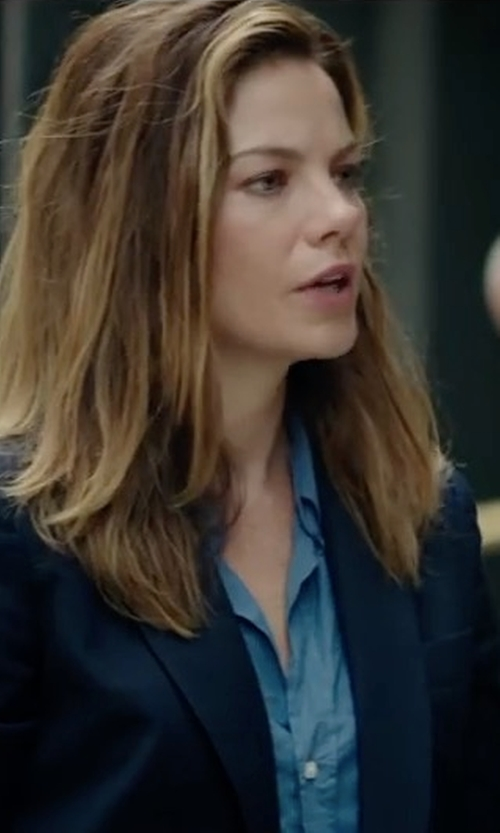 Michelle Monaghan with Rails Carter Button-Front Chambray Shirt in Sleepless