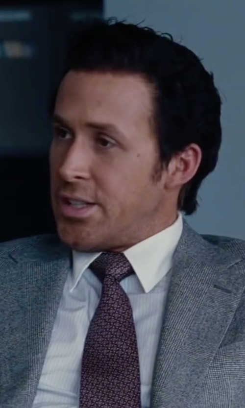 Ryan Gosling with Salvatore Ferragamo Gancini Print Silk Tie in The Big Short