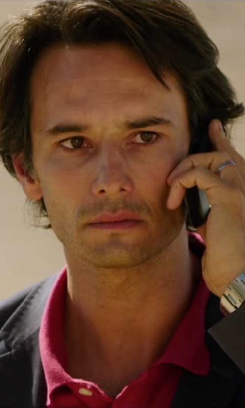 Rodrigo Santoro with Blackberry Quad-Band 3G Smartphone in The 33