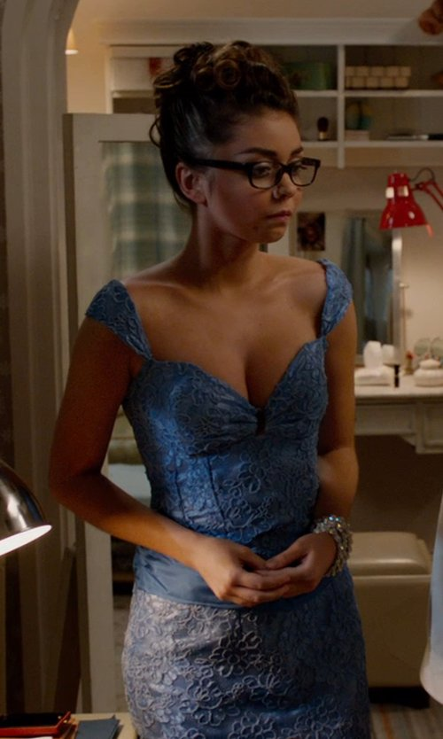 Sarah Hyland with Nicole Miller Eva Lace Dress in Vampire Academy