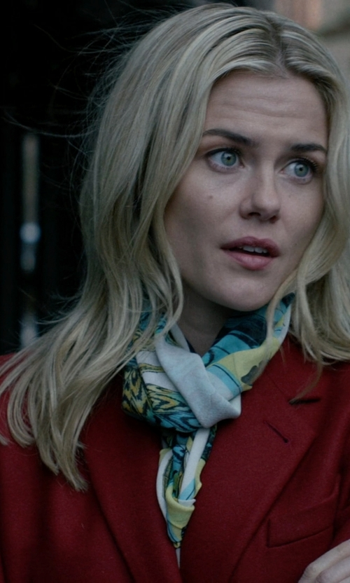 Rachael Taylor with Marc by Marc Jacobs Single Breasted Coat in Jessica Jones