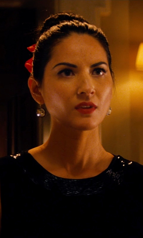 Olivia Munn with Monica Rich Kosann Classics Rock Crystal Single Drop Earrings in Mortdecai