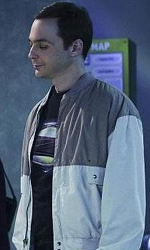 "Jim Parsons with Trevco Superman Man of Steel Grungy ""S"" Shield T-Shirt 2013 Movie T-Shirt in The Big Bang Theory"