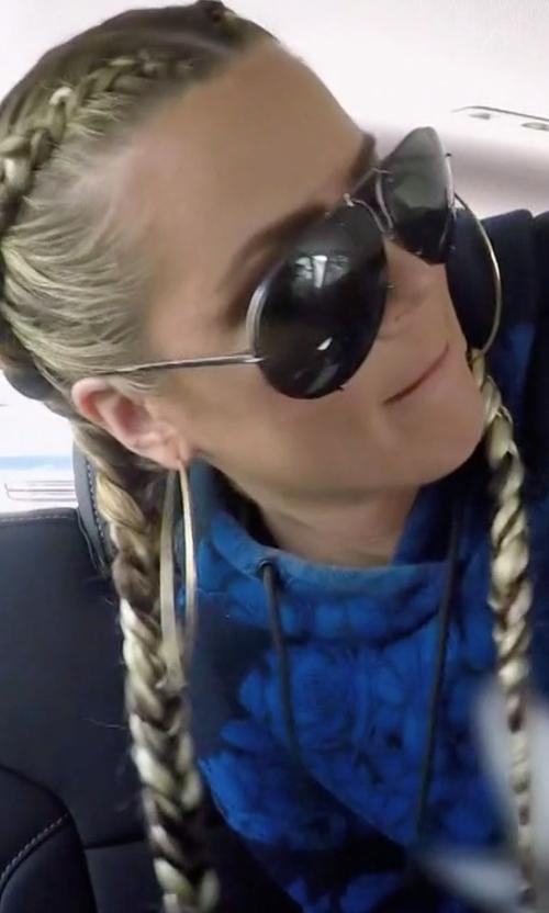 Khloe Kardashian with Porsche Design Aviator Sunglasses in Keeping Up With The Kardashians