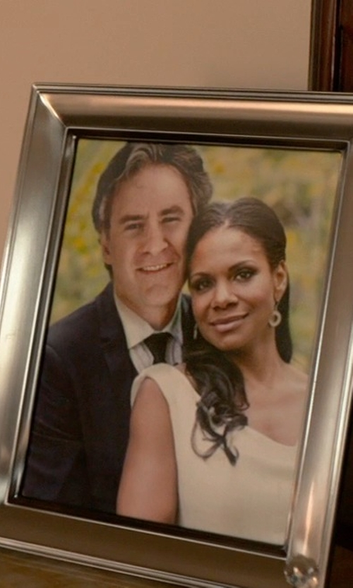 Audra McDonald with Alice + Olivia Sachi Open-Back Lace Gown in Ricki and the Flash
