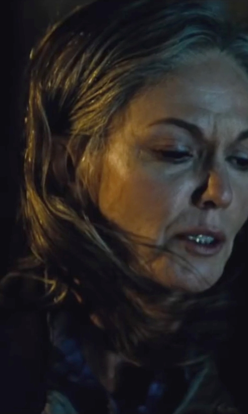 Diane Lane with BDG Charlie Button-Down Shirt in Batman v Superman: Dawn of Justice