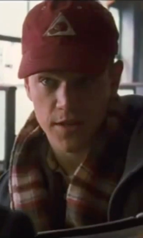 Matt Damon with Johnstons Of Elgin Cashmere Scarf in Ocean's Eleven