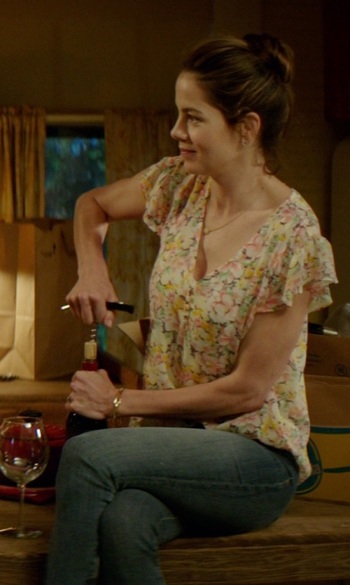 Michelle Monaghan with Two Women in the World Denim Pants in The Best of Me