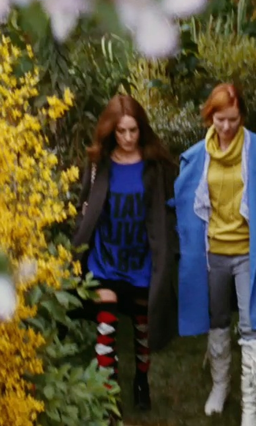 Sarah Jessica Parker with Katharine Hamnett Stay Alive in 85 Shirt in Sex and the City