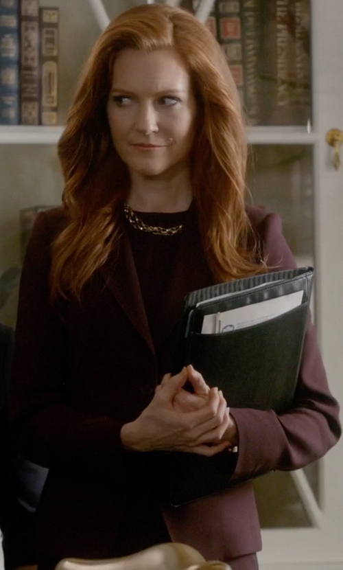 Darby Stanchfield with Hugo Wool Blazer in Scandal