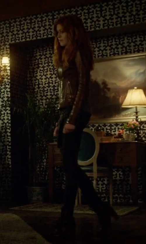 Katherine McNamara with Timberland Earthkeepers Glancy Boots in Shadowhunters
