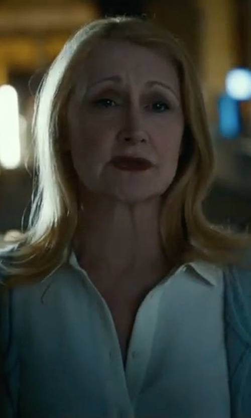 Patricia Clarkson with Halogen Back Bow Poplin Shirt in Maze Runner: The Death Cure