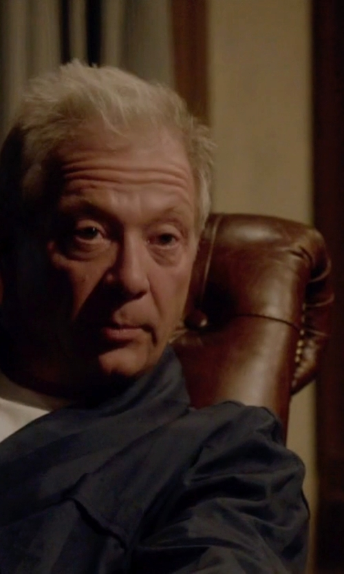 Jeff Perry with Neiman Marcus Cashmere Belted Robe in Scandal
