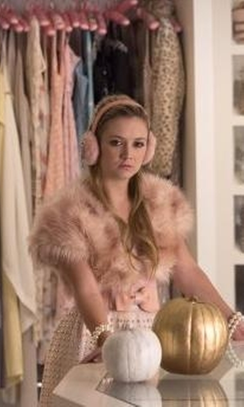 Billie Lourd with Simplicity Fleece Winter Ear Muffs in Scream Queens