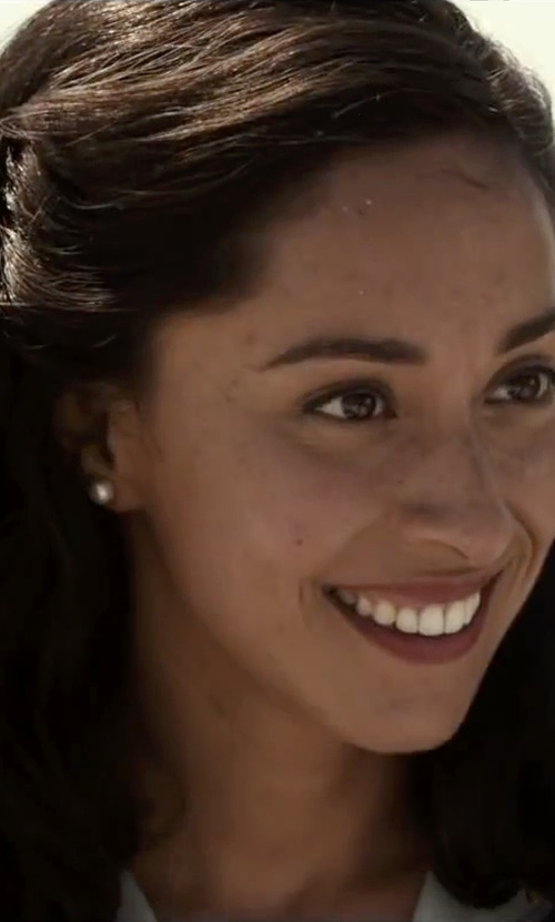 Oona Chaplin with Tara Pearls White Pearl Stud Earrings in The Longest Ride