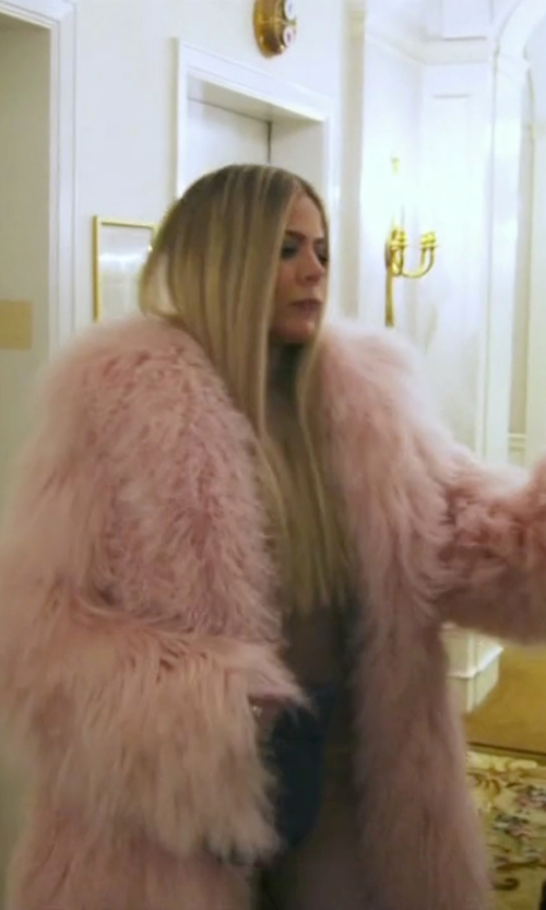 Khloe Kardashian with THP Shop Faux Fur Coat in Keeping Up With The Kardashians
