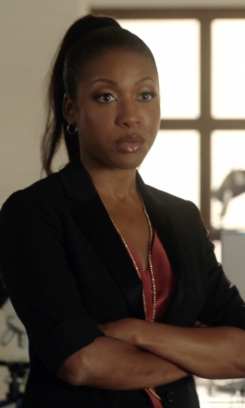 Gabrielle Dennis with Vince Camuto Single Button Cotton Blazer in Rosewood