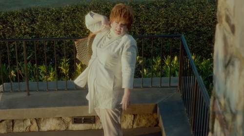 Melissa McCarthy with Calvin Klein Linen Pants in The Boss