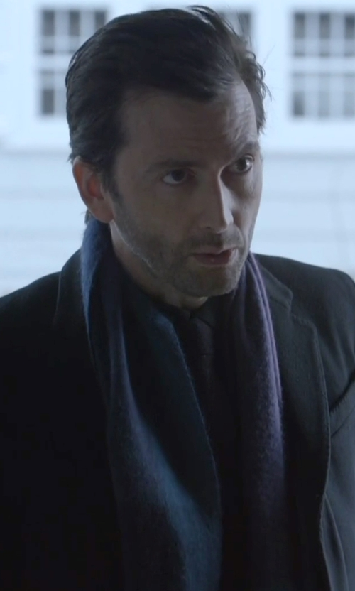 David Tennant with Moschino Solid Fringed Wool Long Scarf in Jessica Jones