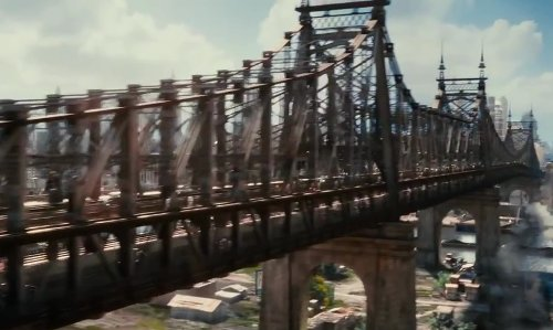 Leonardo DiCaprio with Queensboro Bridge New York City, New York in The Great Gatsby