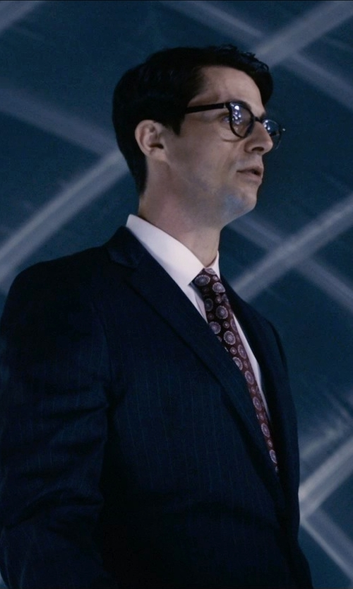 Matthew Goode with Just Cavalli Tonal Cotton Herringbone Point Collar Dress Shirt in Self/Less