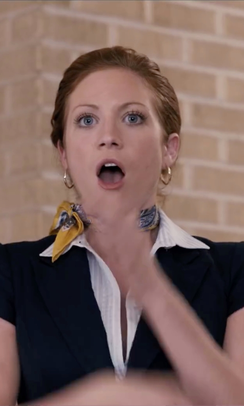 Brittany Snow with Hanita Short Sleeve Blazer in Pitch Perfect