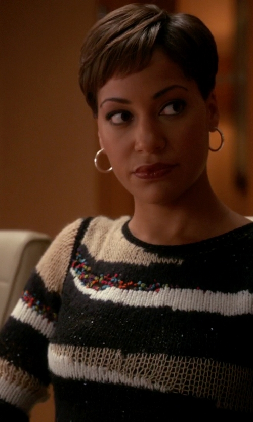 Cush Jumbo with Diane Von Furstenberg Slash Back Wrap Sweater in The Good Wife