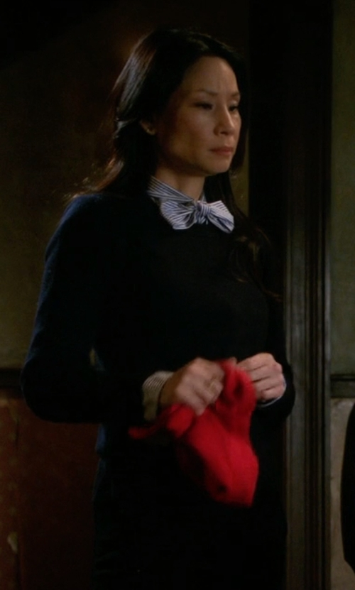 Lucy Liu with Equipment Sloane Crew Neck in Elementary