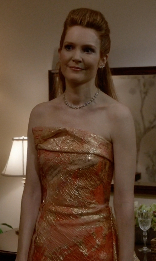 Darby Stanchfield with Rubin Singer Fall 2015 Collection Gown in Scandal