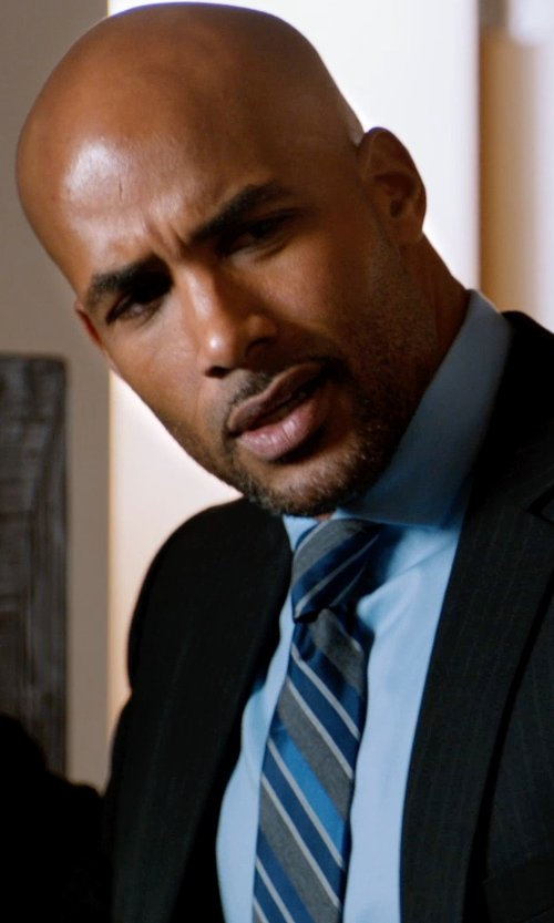 Boris Kodjoe with Calvin Klein Liquid Cotton Solid Dress Shirt in Addicted