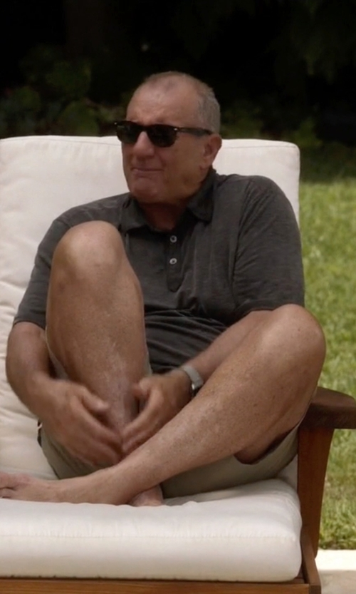 Ed O'Neill with Ray-Ban Wayfarer Folding Acetate Sunglasses in Modern Family