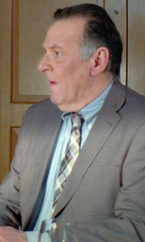 Tom Wilkinson with Tommy Hilfiger Solid Poplin Dress Shirt in Unfinished Business