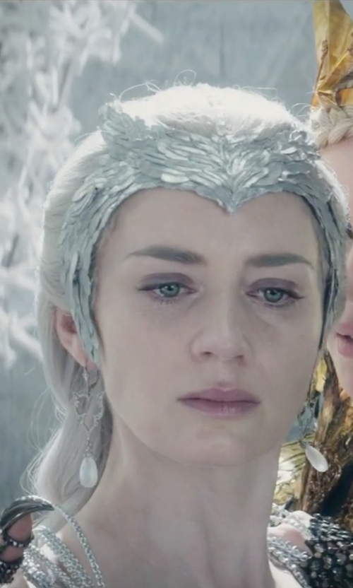 Emily Blunt with Jude Frances Sterling Silver Cross Earrings in The Huntsman: Winter's War