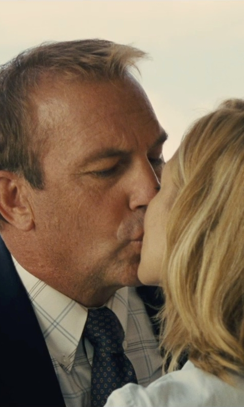 Kevin Costner with Penguin Peaked-Lapel Lightweight Blazer in McFarland, USA