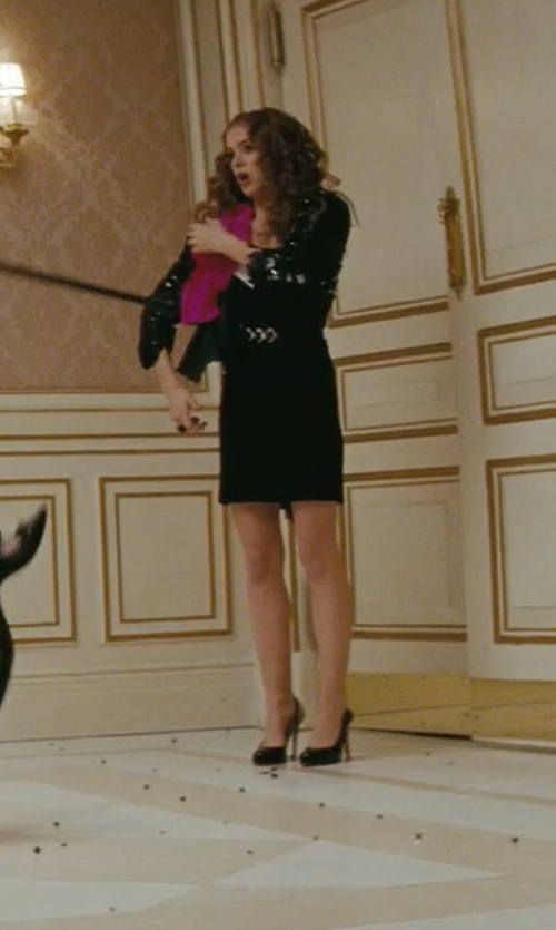 Isla Fisher with Jimmy Choo Rudy Patent Leather Asymmetrical Pumps in Confessions of a Shopaholic